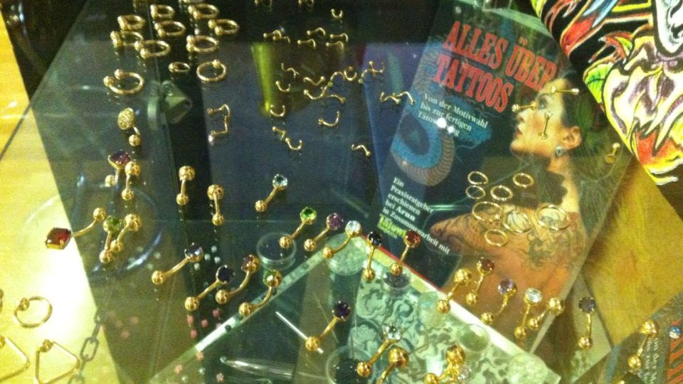 Gold Piercing Schmuck